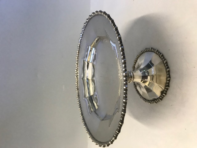 Antique Daniel & Arter Silver Plated Cake Stand Comport