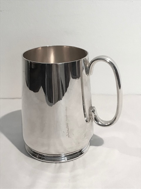 Walker & Hall Vintage Silver Plated One Pint Tankard